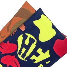 HEA冬季保暖围脖长款醒狮元素印花男女同款披肩围巾